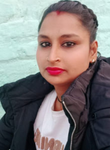 Kaamwali (Maid) in Labour Colony, Rishikesh, Dehradun, Uttarakhand, India
